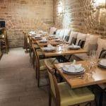 Gastronomie bretonne en terrasse à l'Auberge du Roi Gradlon