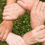 Gérer les crises : faire appel à une conseillère familiale ?