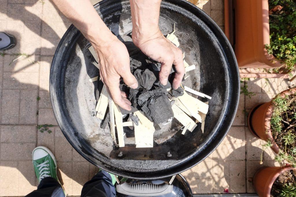 Comment allumer un barbecue au charbon ?