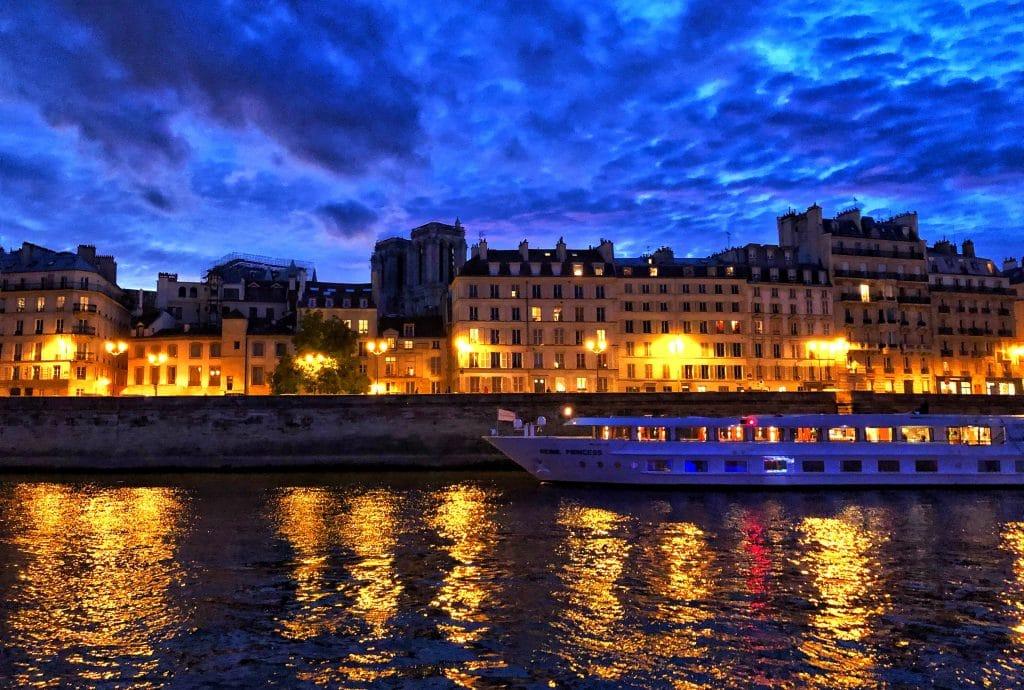 Réserver à l'avance votre dîner à Paris