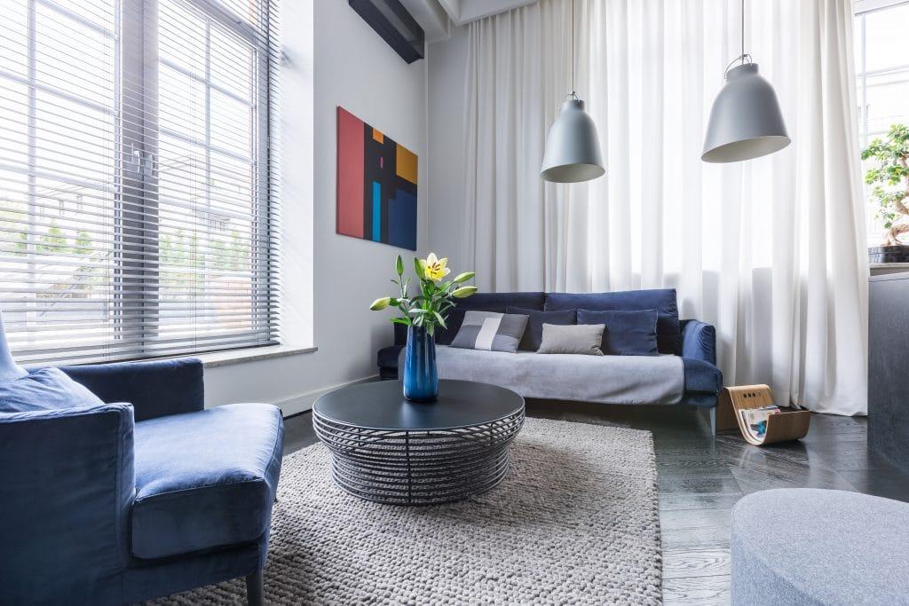 Comment choisir la couleur des rideaux du salon ?