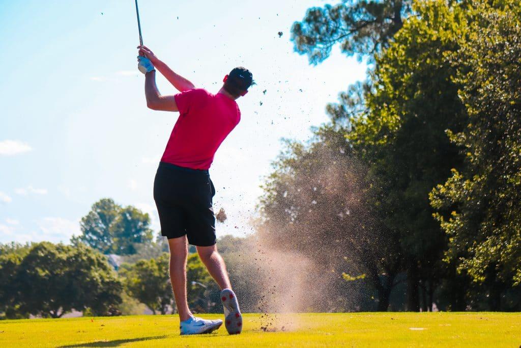 Les accessoires indispensables au golf