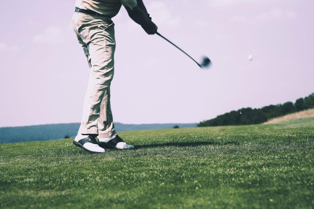 Comment s'habiller pour aller jouer au golf ?